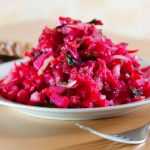 Salata de sfecla cruda si hrean