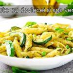 Paste cu dovlecei si sos verde