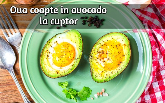 homemade-organic-egg-baked-avocado-with-salt-pepper_1205-2186