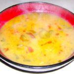 Ciorba de dovlecei dreasa cu ou si iaurt