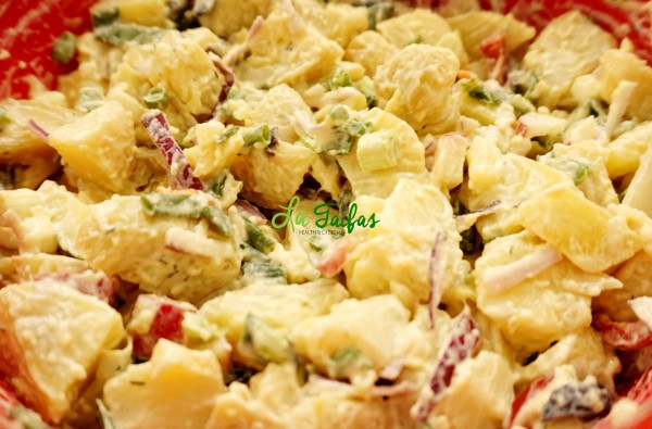 Salata de cartofi cu ceapa verde si maioneza de soia: LaTaifas.ro