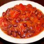 Mancare de fasole in sos de rosii - reteta libaneza