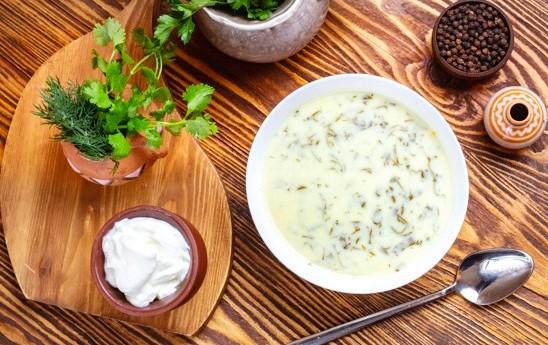 Supa turceasca de iaurt