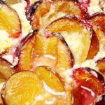 Frecatei cu prune la cuptor