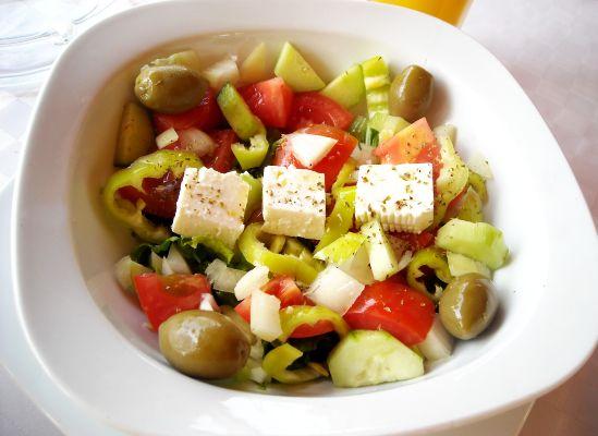 Dieta Mediteraneană Previne Bolile de Inimă și Cancerul – Studii și Sfaturi 9sxc.hu)