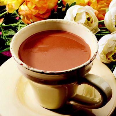 Ciocolată Caldă cu Valeriană și Passiflora – Rețetă Dulce Pentru Nervi și Stări Încordate