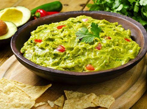 Rețetă Guacamole - (Salată de Avocado, Asemănătoare cu Salata de Vinete)