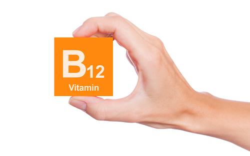 Lipsa de Vitamina B12 – Simptome, Riscuri Majore