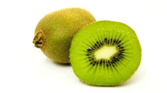 Kiwi, O Bombă de Antioxidanți – Bun Pentru Inimă, Imunitate și Sistemul Respirator