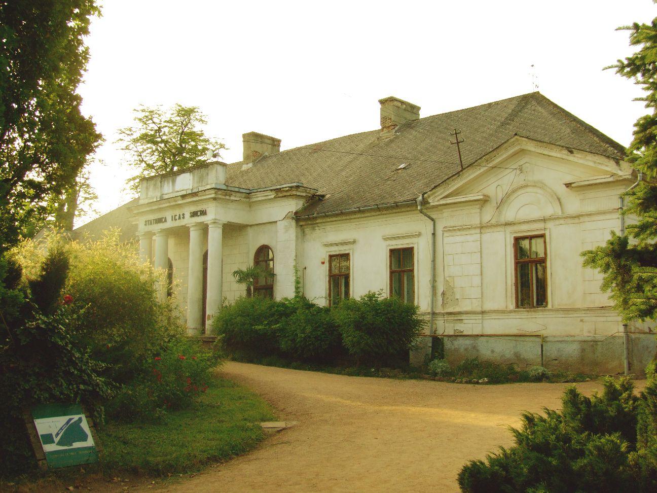 Conacul-Bela-Fay-din-Arboretumul-Simeria