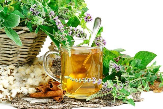 Cele mai bune ceaiuri pentru răceală şi gripă