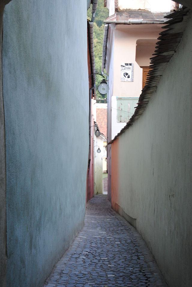 RO_BV_Brașov_Strada_Sforii_(3)