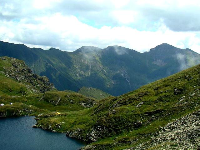 Imagini pentru Lacul Jgheburoasa Munții Făgăraș
