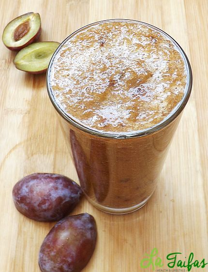 Smoothie Laxativ din Prune