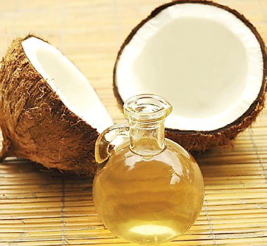 Uleiul de Cocos Combate Candida