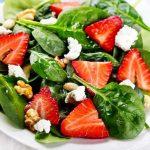 Salată de Spanac cu Căpșuni