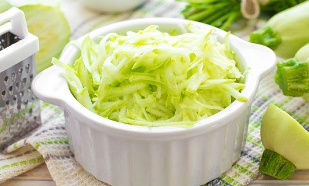 Salată de Dovlecei cu Miere și Usturoi
