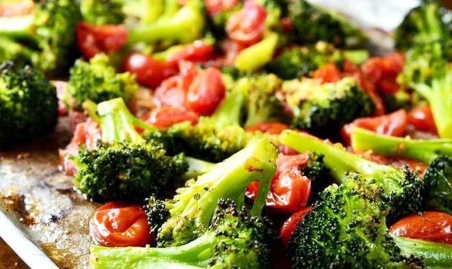 Broccoli cu Roșii