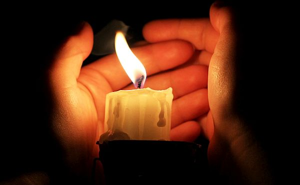 The wind blows out candle